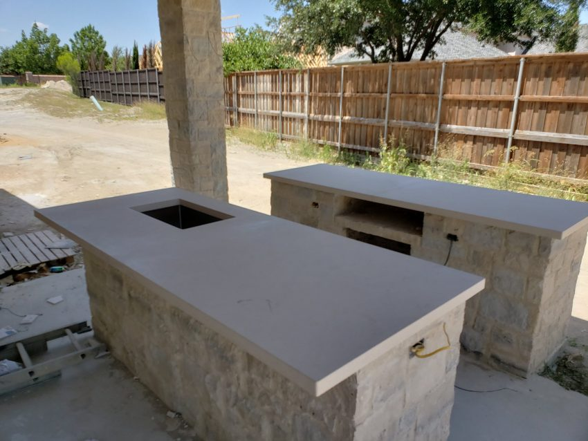 Building An Outdoor Kitchen Make Your Countertops Granite Or