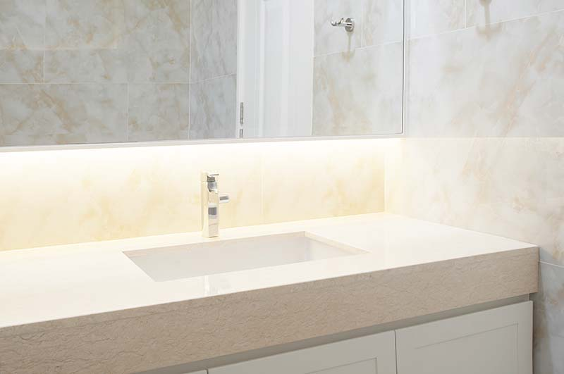The Pros and Cons of Marble Bathroom Countertops