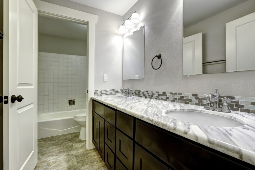 The Benefits of Choosing Granite Countertops for a Bathroom Remodel